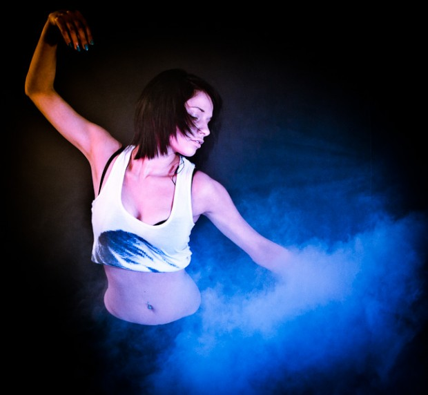 Mobile Photo Studio model in blue smoke