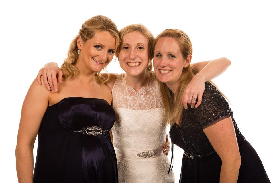 Mobile Photo Studio - Bride and two friends