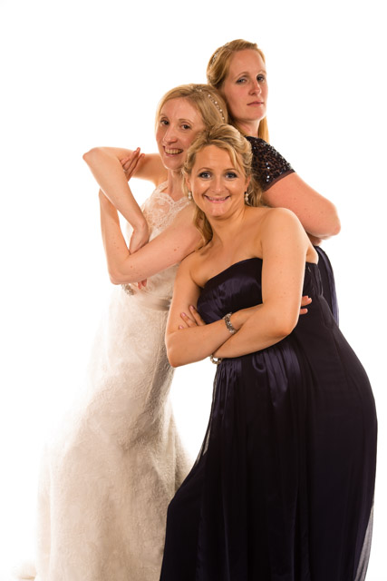 Mobile Photo Studio bride and bridesmaids posing