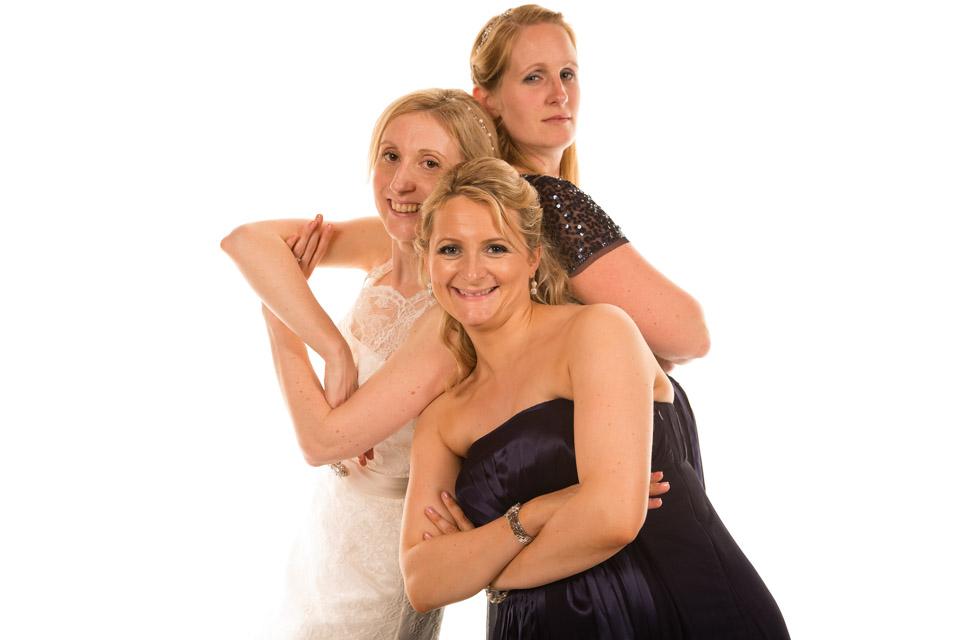 Mobile Photo Studio wedding party friends