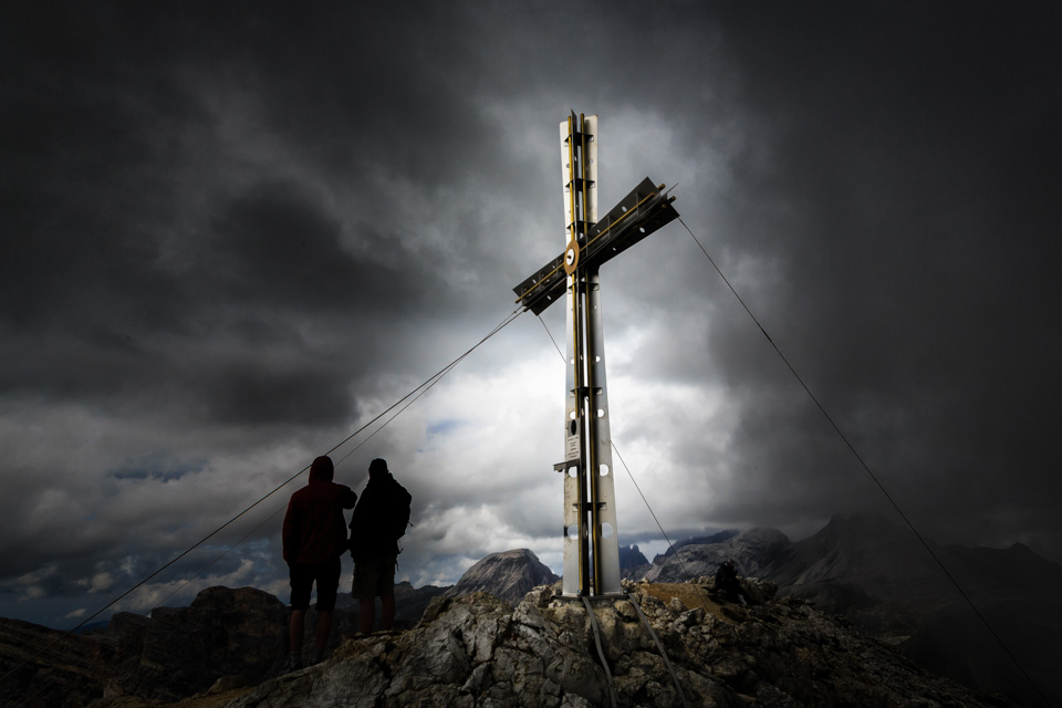 Cross on summit of the Sassonger