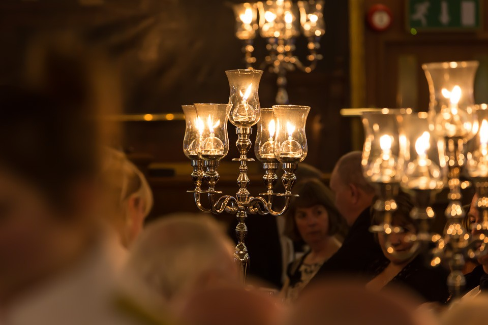 table lamps at dinner event